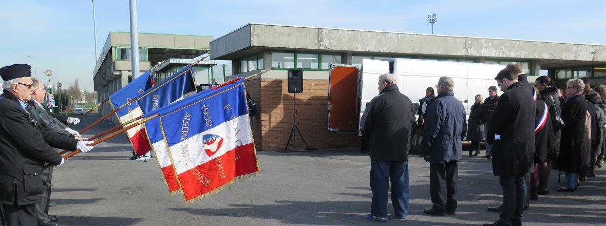 Comm moration hommage pierre s mard mairie de - Horaires piscine jean bouin evreux ...